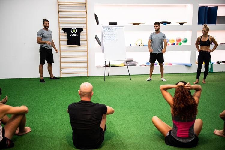 motus-handstand-workshop