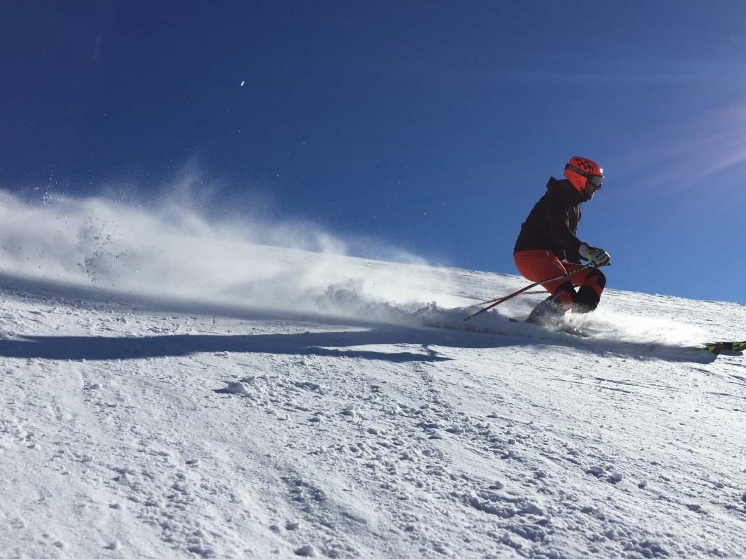 skiing-winter-sports-preparation-sidea