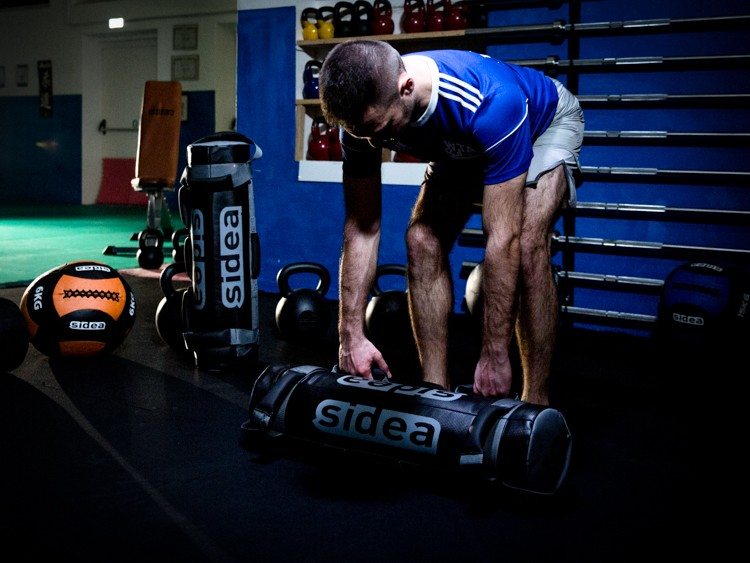 si-sand-bag-preloaded-functional-training-5-10-15-20-25-kg-weight-weighted-grip-handles