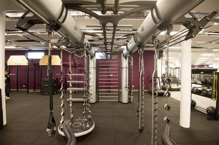 warwick-university-gym-outrace-campus-college-fitness-amenities-facilities