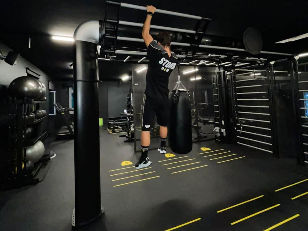 Storm-Club-Monza-fitness-boutique-Outrace-t5-black-gym